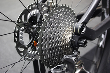 Clean MyRide combined bikewash degreaser cleans cycle sprockets, gears, chains and derailleurs like new in no time at all