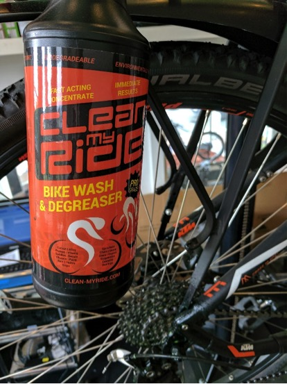 Clean MyRide combined bikewash degreaser is safe on all cycle surfaces whether road bikes, race cycles, mountain bikes MTB or eBikes. Great on drive chains, sprockets and cassettes, paintwork, chrome and plastics. It's non-caustic, non-streak, environmentally friendly and biodegradable.