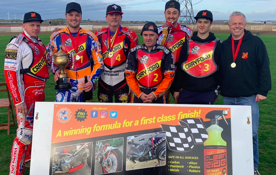 Clean MyRide Combined Bikewash Degreaser sponsors winners of 2019's Summer Sixes Speedway Tournament Crayford Kestrels
